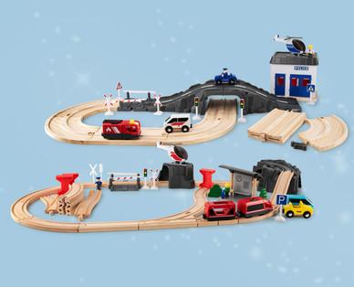 Holz-Eisenbahn und Holz-Autobahn