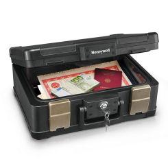 Honeywell Feuerbeständige Dokumentenkassette im Angebot bei Hofer 27.4.2020 - KW 18