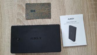 aukey-pb-n36-powerbank-lieferumfang